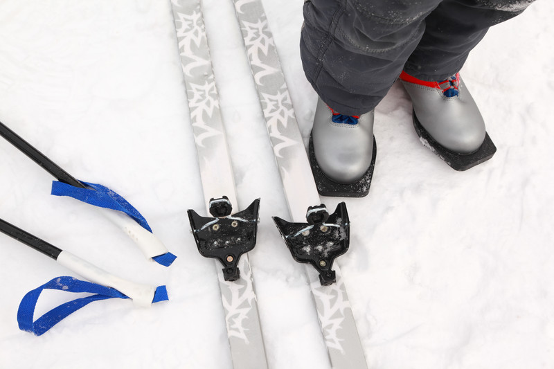 cross country ski equipment rental